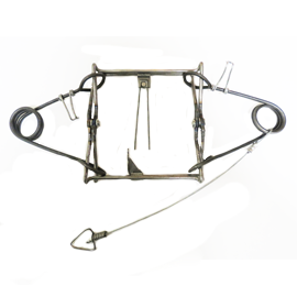 Belisle 220 Body Grip Trap
